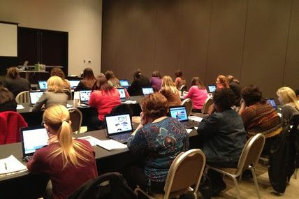 Storybird Hands-On Session at #msmeca13 . Standing Room Only. (35/365) #dailyphoto #365cm http://bit.ly/Y6cdiE