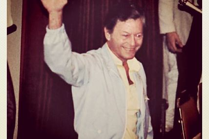 It's another TV doctor's birthday today, DeForest Kelley of #StarTrek would had been 91. I snapped this shot of him in 1984
