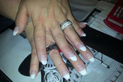 ongle french blanche quick epil proepil