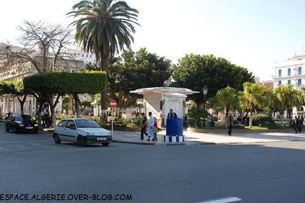 Square Bresson-Alger