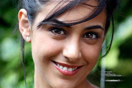 Toutes et tous avec la sublime Miss Anissa Mahouache!