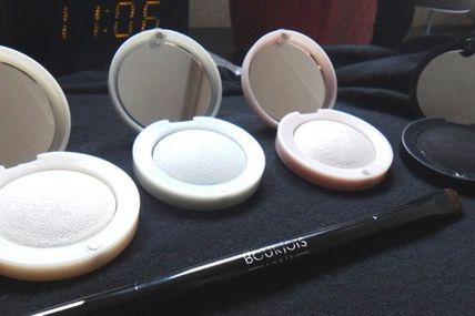 Les 3 nouveaux fards de la collection Black & Light de Bourjois