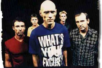Midnight Oil : Beds are burning