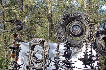 Totem en pneus n°3