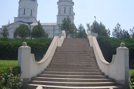 La manastirea Celic Dere - Mana Maicii Domnului si a Mantuitorului, prin Icoane facatoare de minuni