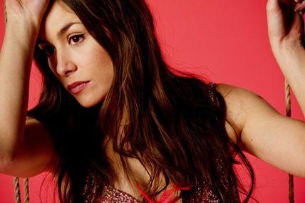 Olivia Ruiz : J'envoie valser
