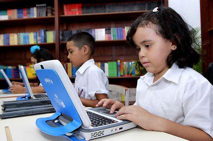 Se reinician las actividades escolares en todo el...
