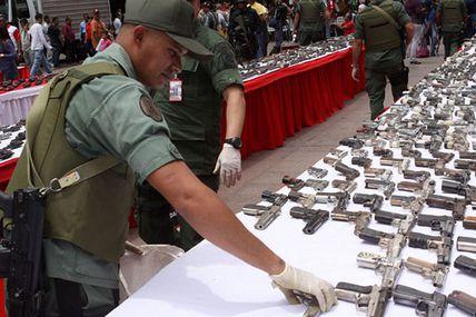 """(VIDEO) Cabello: """"Ley desarme será aprobada en..."""