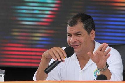 Rafael Correa a embajador de Estados Unidos:...