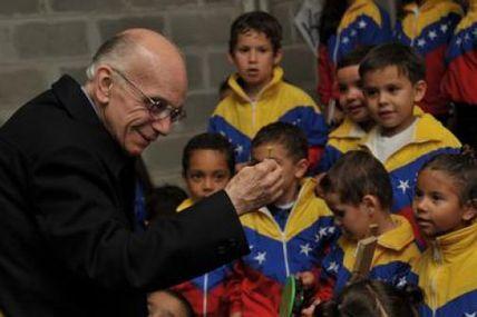 Maestro José Antonio Abreu recibió doctorado...