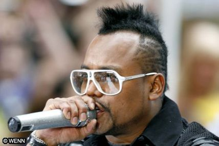 Black Eyed Peas : APL.de.AP au NRJ DJ Awards