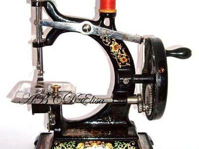 machines à coudre - jouets anciens - article 6