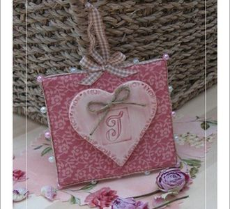 Rose petit coeur / Little heart pink
