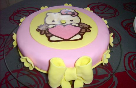 Gateau Hello Kitty...