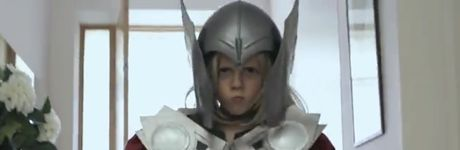 """Quand """"Little Thor"""" parodie """"The Force""""..."""