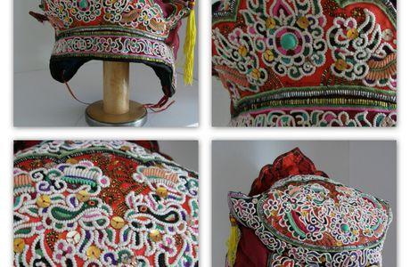 Chapeaux chinois brodés