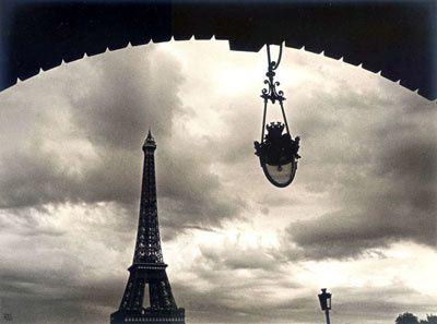 Photographie : Paris, la tour Eiffel en noir et blanc