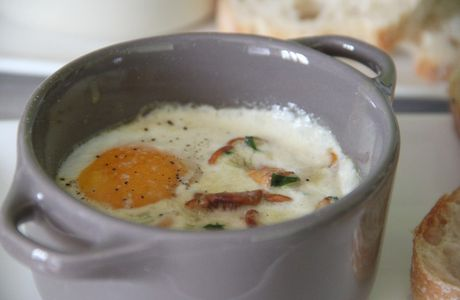 Oeufs cocotte aux girolles