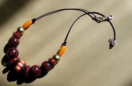 Africa - Collier fimo, bois & cuir