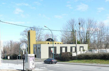 Massy : un terrain à 32 euros/m2 pour la mosquée intégriste/ Le prix du mètre carré à Massy est de 2617 euros en moyenne.