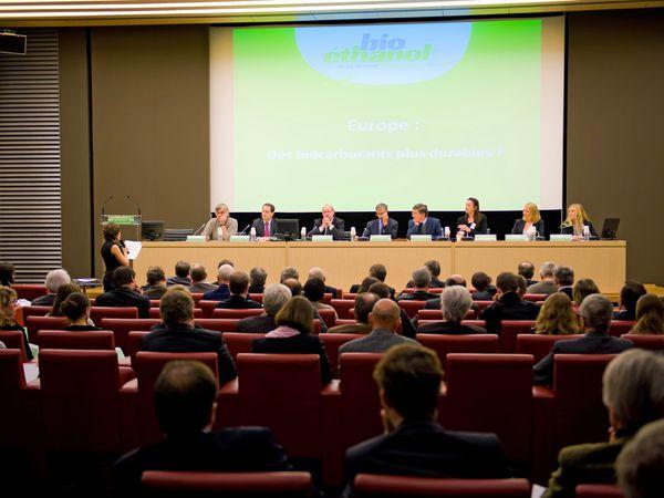 Conférence - Débat BIOETHANOLE  2010A l'assemblée Nationale©Philippe HUGONNARD