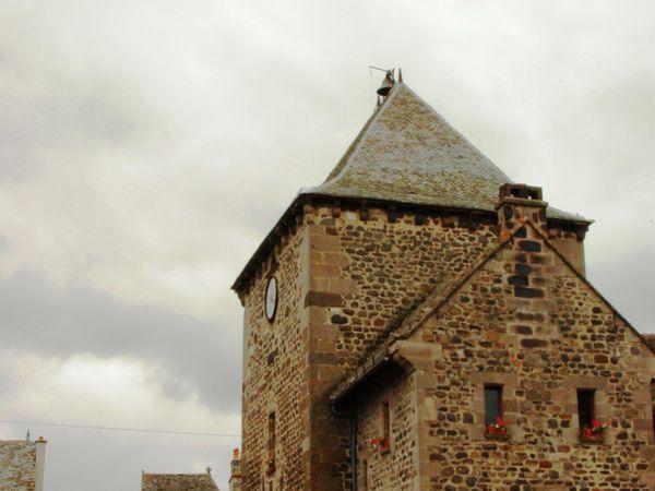 Album - chateau-de-valon-et-Mur-de-Barrez