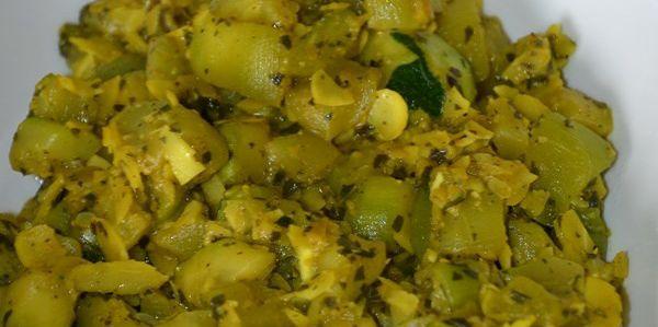 Poêlée de courgettes, amandes, curry et menthe fraiche