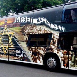 Retrait de la publicité tchèque sur Auschwitz