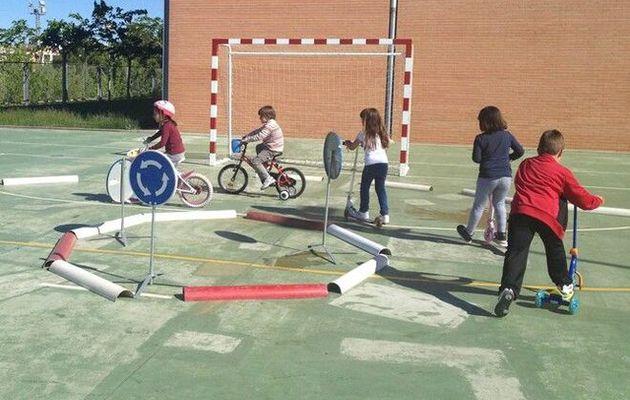 El Ayuntamiento y la Jefatura Provincial de Tráfico organizan una jornada de Educación Vial para niñ
