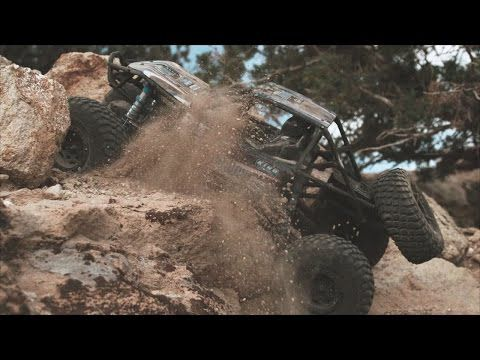 "AXIAL ROCK BUGGY RR10 BOMBER 1/10"" 4WD RTR - Vidéo Officielle"