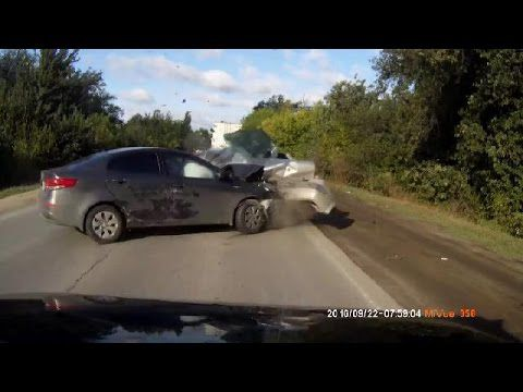 Compilation de crash en Voitures n°374 | Car Crashes Compilation # 374