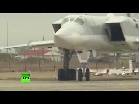 Les RUSSES attaquent en Syrie...