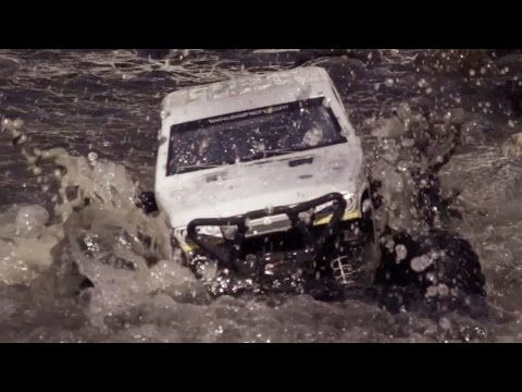 AXIAL Wraith Spawn Rock Racer 1/10th Scale Electric 4WD - RTR - AX90045 - Vidéo Officiel
