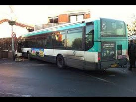 Compilation d'accident de bus #1 / Bus crash compilation #1