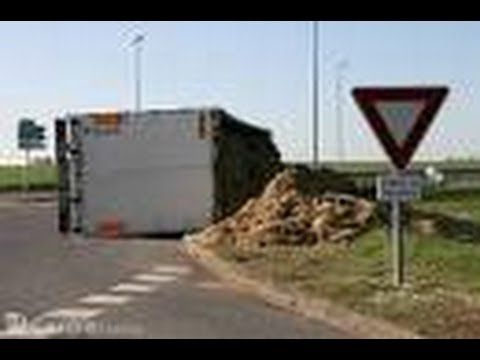 New crash truck compilation #3 / Compilation d'accident de camion 3