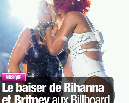 Le baiser de Rihanna et Britney aux Billboard Music Awards censuré !