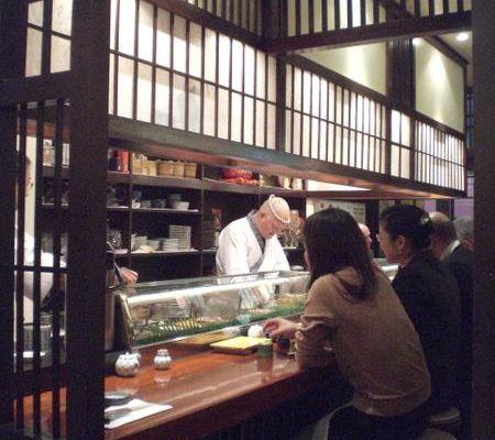 Des sushi au restaurant japonais Tsukizi