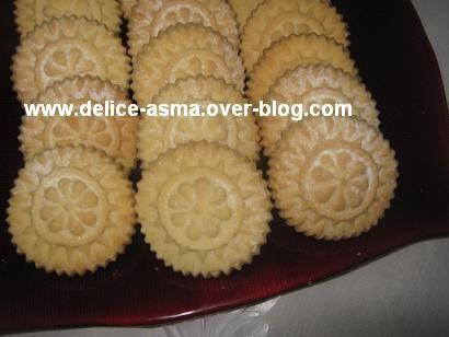 biscuit fourré au halkouma
