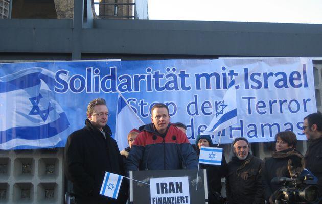 En Allemagne, les dirigeants de « Die Linke » dénoncent ... les manifestations contre l'agression israélienne saignant Gaza !