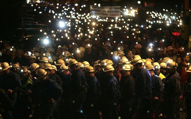 La Fédération syndicale mondiale (FSM) exprime son soutien à la lutte des mineurs en Espagne et dénonce la répression brutale de l'Etat espagnol