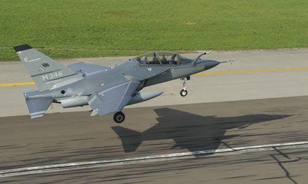 Formation des pilotes de combat... Jet Pilot Training...
