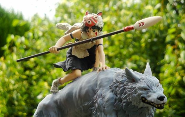 "Photo de figurine : MONONOKE HIME ""San riding Maro"""