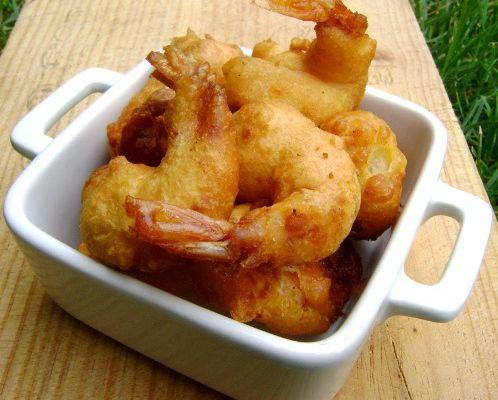 Beignets de Crevettes et Sauce Miel et Piment d'Espelette