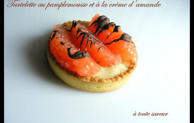 Tartelette fraîcheur au pamplemousse rose et à la crème d'amande