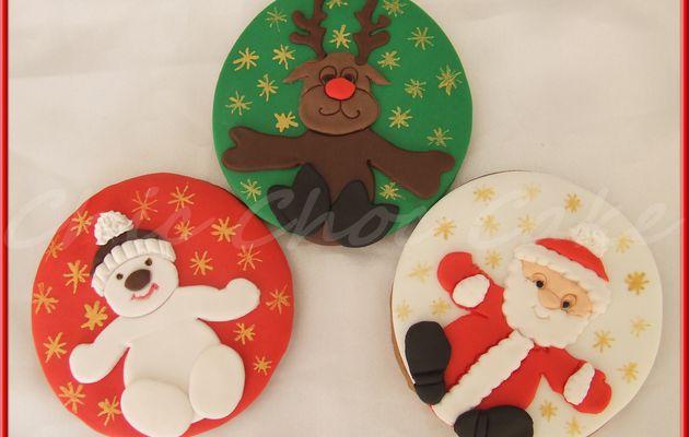 Des biscuits rennes, bonhomme de neige et Père Noël...