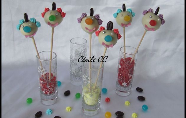 Cake pops clownesque...
