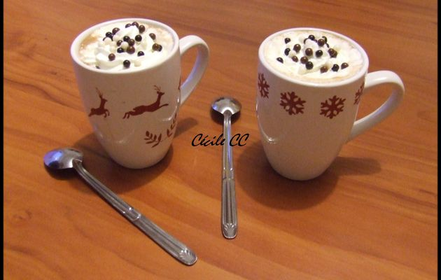 un bon chocolat chaud chantilly.....
