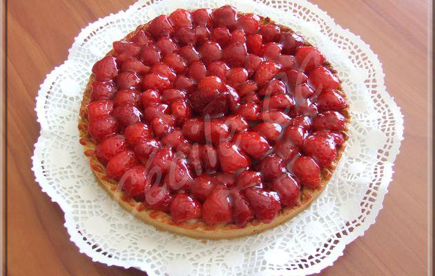 Recette tarte aux fraises, pâte sablée amande et pâtissière vanille...