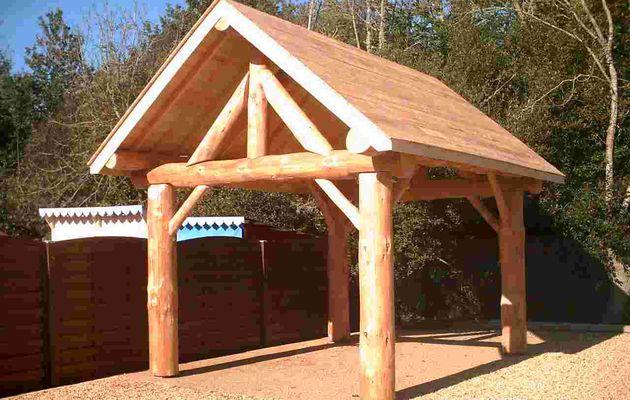Abris-bois, carport en rondins