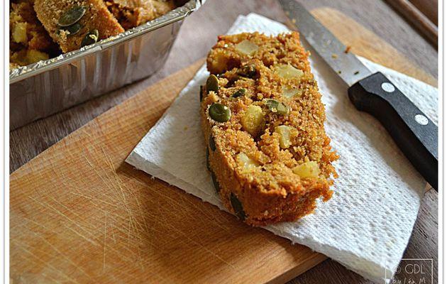 Cake aux carottes, pommes et graines de courge